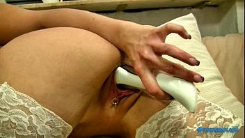 Leya is desperate to cum so she pleases her pussy by grinding on everything in her hotel room