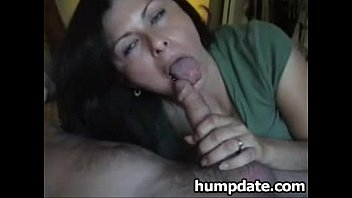 My Sexy Asian Girlfriend Loves To Eats My Cum , She is Addicted