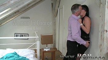 Blowjob Time With Erotic Babe To Arouse The Cock Of Her Man