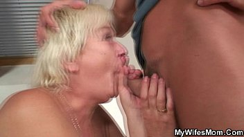 Guy finds his blonde gf and stepmom naked