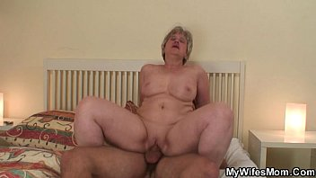 Fucked stepmom in mouth